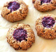 Kokosky jsou výborné - na povrchu křupavé, uvnitř měkké a šťavnaté, marmeláda dodá trošku potřebné v | Veganotic