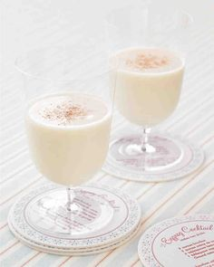 Here's a recipe for the perfect wintry signature drink, the eggnog cocktail.