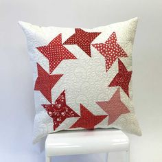 Christmas in July ~ Red & White « modafabrics.  This block is  Round & Round by Camille Roskelley of Thimbleblossoms.