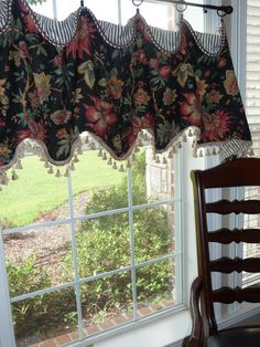 This beautiful cuff top valance is lined with a coordinating fabric and interlined for stability. Can also be trimmed along bottom edge and/or