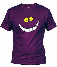 Directamente desde el País de las Maravillas, el gato Cheshire se cuela en tu camiseta sin que te des cuenta!
