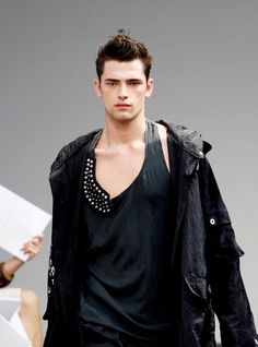 Sean O'Pry ❤️ Urban Chic, Grimm, American Male Models, Sean O'pry, Sartorialist, Guy Pictures, Punk, Most Beautiful Man, Hottest Models