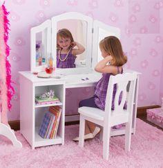 Traditional kids dressers