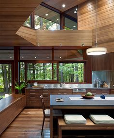 Modern Luxury Kitchens For A Grand Kitchen Luxury Kitchens, Home Kitchens, Luxury Homes Interior, Interior Design, Grand Kitchen, Walnut Floors, Modern Mansion, Concept Home, House And Home Magazine