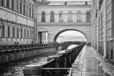 Winter Canal is a canal in Saint Petersburg, Russia, connecting Bolshaya Neva with Moika River in the vicinity of Winter Palace. Winter Palace, St Petersburg Russia, Brooklyn Bridge, Holland, Saints, Around The Worlds, River, Bridges, Places
