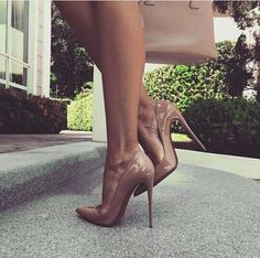 high heels – High Heels Daily Heels, stilettos and women's Shoes Sexy High Heels, High Heel Pumps, Pumps Heels, Stiletto Heels, Nude Pumps, Patent Shoes, Stilettos, Cute Shoes, Me Too Shoes