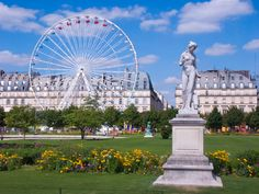 Clear blue skies and sunny. It's summer in Paris and you're only missing one thing: a large lush garden to relax during your stay at the Royal Magda Etoile... Go down to Place de la Concorde where you will find one of the most beautiful gardens in Paris: The Tuileries Garden! http://www.paris-hotel-magda.com/en/news/paris-under-the-sun