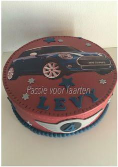 Mini Cooper cake