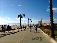 Perfect weather in the spring to ditch the car and explore Santa Monica via bike.
