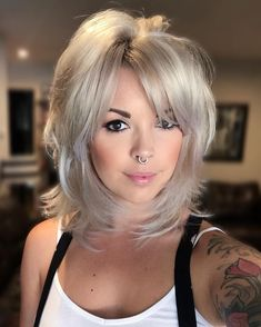 Medium Layered Haircuts for Women 2019 35 Popular Short Medium Layered Haircuts Short Short Medium Layered Haircuts, Medium Length Hair Cuts With Layers, Short Hair Cuts, Layered Lob, Shoulder Length Layered Hairstyles, Mid Length Hair, Hairstyles With Bangs, Braided Hairstyles, Hairdos