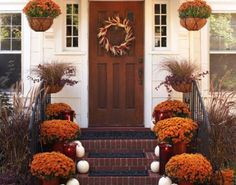 12 Fresh Fall Front Door Decor Ideas