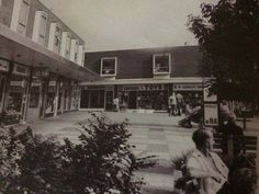 Shirley Precinct, before Sainsbury's came along ! Southampton England, Old Pictures, Hampshire, The Past, Scene, In This Moment, Places, Usa, Vintage