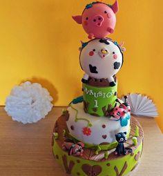 """Torta personalizzata in pasta di zucchero """"L'allegra Fattoria"""". Torta per bambini. Pan di Spagna alla vaniglia, crema Chantilly al limone (per la piccola Nausica, Monza)"""