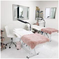 Beauty Room Salon, Beauty Room Decor, Salon Interior Design, Beauty Salon Interior, Salon Design, Spa Room Decor, Lounge Decor, Salons Cottage, Lash Lounge
