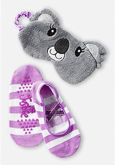 Cute, Comfy & Fun Sleepwear & Pajamas For Tween Girls Justice Accessories, Girls Hair Accessories, Girls Fashion Clothes, Girl Fashion, Girl Outfits, Cute Sleep Mask, Nike Football Boots, Justice Leggings, Popular Candy