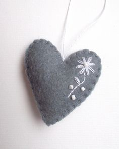 Heart ornament - felt ornaments - Valentine's day/Birthday/Christmas/Baby/It's a Girl/Housewarming home decor - pinned by pin4etsy.com