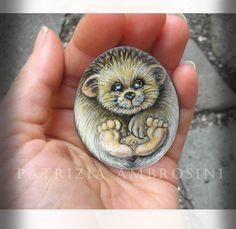 Hedgehog No.4 Handpainted rock painting painted par thestoneteller