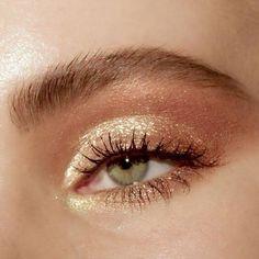 aesthetic makeup gold Eyes, make up, love , make up gold Makeup Inspo, Makeup Inspiration, Makeup Tips, Makeup Ideas, Makeup Style, Makeup Tutorials, Makeup Trends, Makeup Products, Make Up Gold