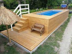 1. Piscina fuori terra rivestita in legno di ipè