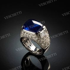 Ring set with Ceylon sapphire and diamonds