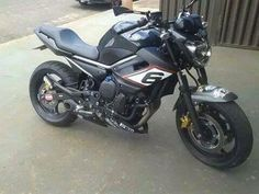 Yamaha - XJ6