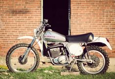 1974 was the first year that Penton produced its 250 model with longer travel front and rear suspension, and frames made from high-grade chrome-moly steel. These engineering advancements combined with engines supplied by KTM made the Pentons a force to be reckoned with on motocross circuits around the world and even today, 40 years...