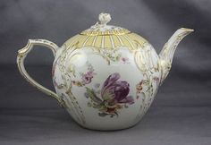 DETAILS: We are listing this estate fresh vintage hand painted teapot and lid made by KPM Royal Berlin porcelain with a no reserve starting at $9.99. This is decorated with hand painted multicolored