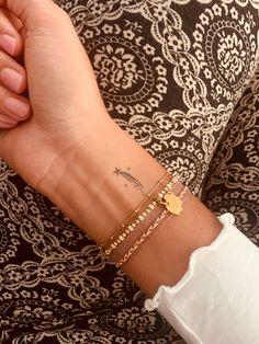 Tiny Tattoos For Girls, Cute Tiny Tattoos, Dainty Tattoos, Best Tattoos For Women, Dream Tattoos, Little Tattoos, Pretty Tattoos, Simbols Tattoo, Chic Tattoo