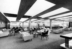 First class Princess Lounge aboard the Oriana (c1960).
