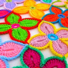 Hawaiian Flowers by Sarah London