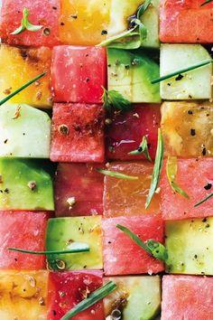 Tomato and Watermelon Salad- and cucumber, avocado, radish, maybe some feta, balsamic vinegar. Tomato and Watermelon Salad Recipe at Think Food, Love Food, Fun Food, Watermelon Salad Recipes, Fruit Salad, Watermelon Rind, Quinoa Salad, Cooking Recipes, Healthy Recipes