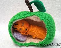 Sleeping apple worm - amigurumi PDF crochet pattern