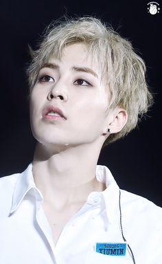 "KPOP GENERAL - ""/mu/ - Music"" is imageboard for discussing all types of music. Kim Minseok Exo, Baekhyun Chanyeol, Exo Ot12, Kpop Exo, Exo K, Exo Memes, K Pop, Mtv, Exo Official"