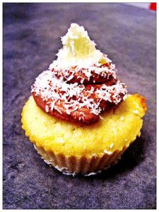 Kokosové cupcakes - NajRecept.sk Coconut Cupcakes, Breakfast, Food, Coconut Flour Muffins, Morning Coffee, Coconut Muffins, Essen, Meals, Eten