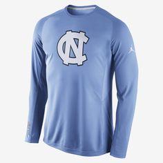 84275501bb0 Nike Disruption Long-Sleeve (UNC) Men's Basketball Shooting Shirt. Nike  Store Unc