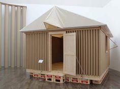 """坂茂建築設計の作品の展示会""""Architecture and Human Activities Exhibition 坂茂−建築の考え方と作り方""""が、茨城県水戸市の水戸芸術館でオープン致しました。坂茂氏の初期から現在に致る主要な作品が展示されています。"""