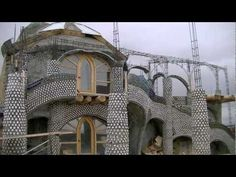 Inside an Earthship - Modern Straw Bale Construction, Earthship Home, Taos New Mexico, Natural Building, Geodesic Dome, Best Places To Live, Better Homes And Gardens, Sustainable Living, Natural Living