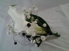 Calla lily and black beading button hole