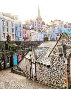 Find images and videos about pretty, travel and city on We Heart It - the app to get lost in what you love. Wales Uk, South Wales, Places To Travel, Places To See, Places Around The World, Around The Worlds, Pembrokeshire Wales, Visit Wales, England