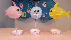 Decoração com Balão   Enfeite de Mesa Com Bexiga   Decoração Baby Shark! Shark Party Decorations, Balloon Decorations, Birthday Party Decorations, 2nd Birthday Parties, Baby Birthday, Bubble Guppies Party, 2 Baby, Balloon Crafts, Baby Shark