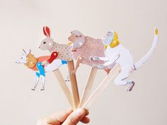 Miss Moss: Kids Thingspaper puppets by Furze Chan: