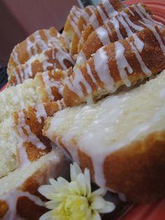 Vanilla Buttermilk Pound Cake with Lemon Glaze. This looks yummy!