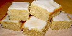 Danish Dessert, Danish Food, Delicious Cake Recipes, Yummy Cakes, Norwegian Food, Bread Cake, Dessert Bars, Party Cakes, Food Cakes