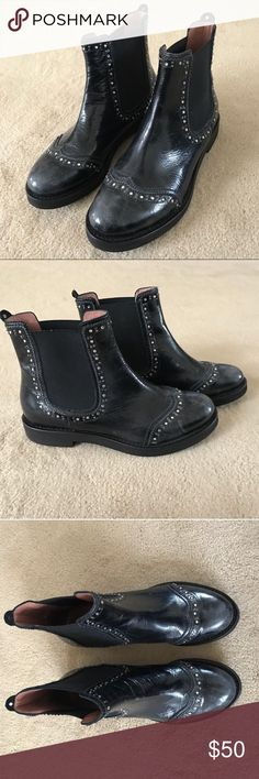 Twin-Set Chelsea Boots Genuine Italian Chelsea Boots with crystal detailing. Black, size 39, excellent condition.   I bought these from a previous seller but I'm listing them again because they were a little small for me. I'm a size 9.5 and I wanted to try and squeeze but they were a bit too small. I would recommend these for anyone size 8, 8.5, or 9 Twin-Set Shoes Ankle Boots & Booties