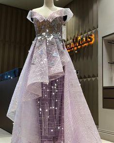 New Bridal Lehenga Blue Wedding Outfits Ideas Blue Bridal, Indian Bridal, Blue Wedding, Bridal Lehenga, Bridal Gowns, Hijab Prom Dress, Moslem Fashion, Nice Dresses, Dresses For Work