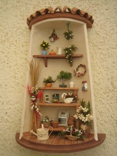 Risultati immagini per tejas decoradas Vitrine Miniature, Miniature Rooms, Clay Houses, Ceramic Houses, Clay Fairy House, Fairy Houses, Clay Wall Art, Doll House Crafts, Tile Crafts