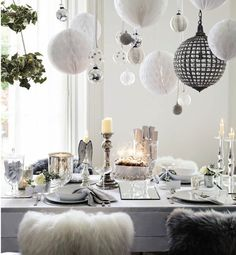 black and white party table setting