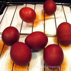 Need to dye your eggs for Pascha but can't find the dyes in the grocery any longer? Check out this natural red dye! Greek Desserts, Greek Recipes, Homemade Onion Rings, Greek Dinners, Clean Pots, Glass Measuring Cup, Egg Dye, Lucille Ball, My Glass