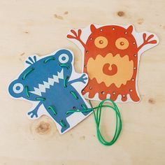 Lacing cards help toddlers and preschoolers develop fine motor skills. This post includes the free printable and simple instructions