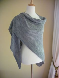 Ravelry: Project Gallery for Double Agent pattern by Mary Lawson Loom Knitting, Knitting Stitches, Knitting Patterns Free, Free Knitting, Knit Or Crochet, Crochet Shawl, Shawl Patterns, How To Purl Knit, Knitted Shawls